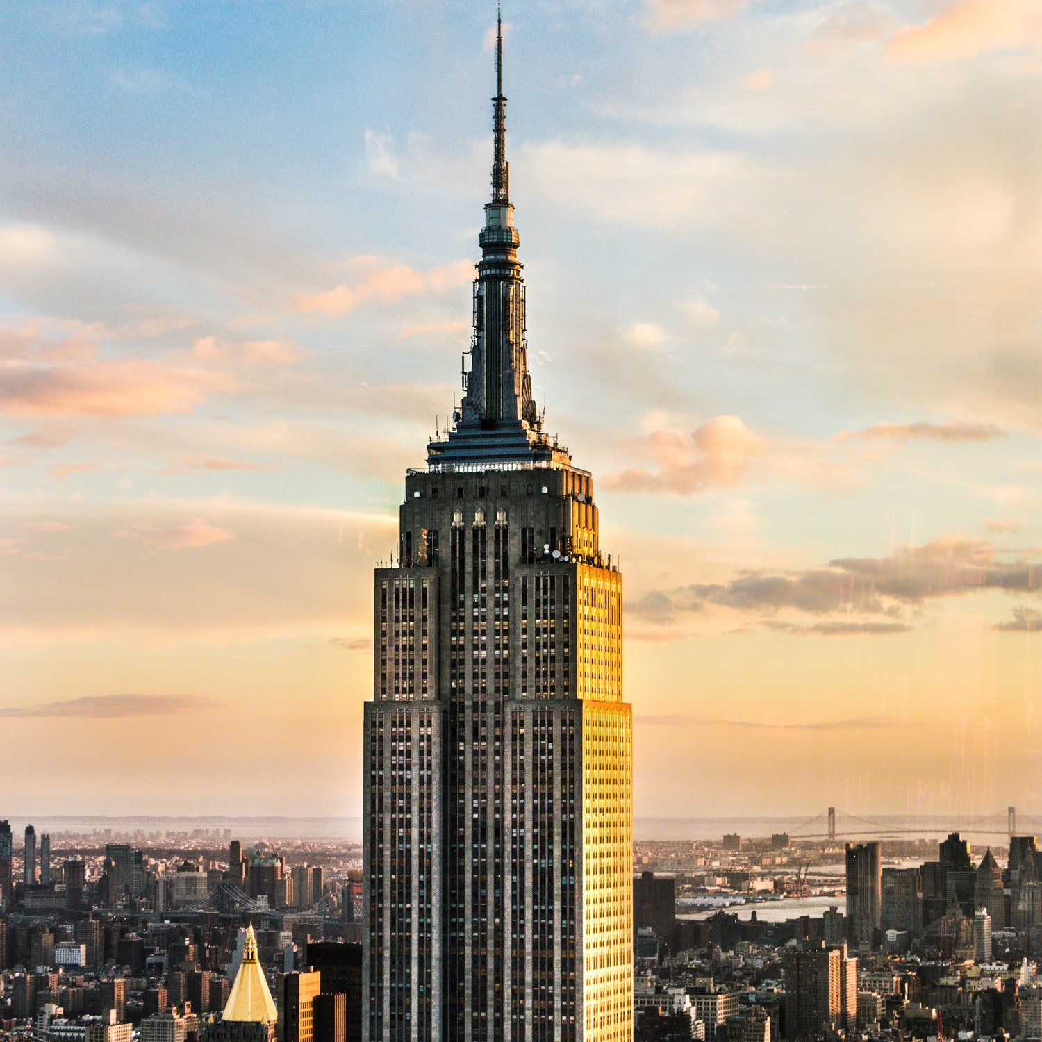 J1-New-York-empire-state-building