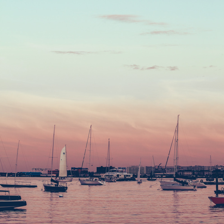 J1-Nantucket-boat-basin-sunset